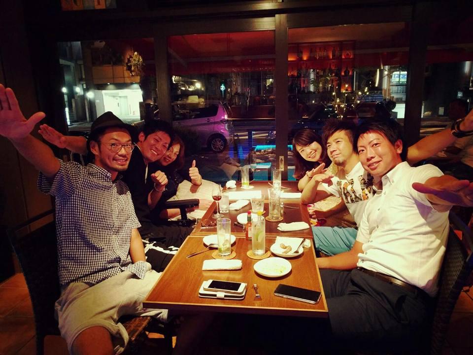 夜は起業家仲間とお食事